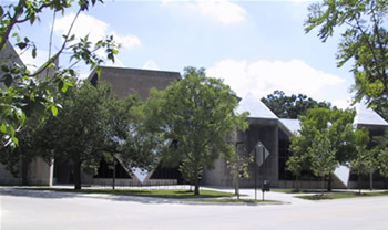 Hardin Library Entrance