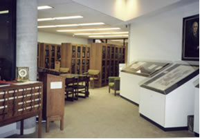 Tours and presentations at the John Martin Rare Book Room, Hardin Library for the Health Sciences, The University of Iowa Libraries
