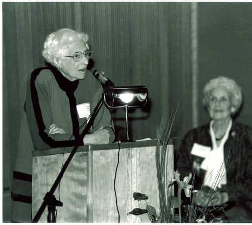 Louise Noun, Mary Louise Smith