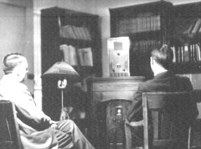Viewing W9XK television signal, 1934